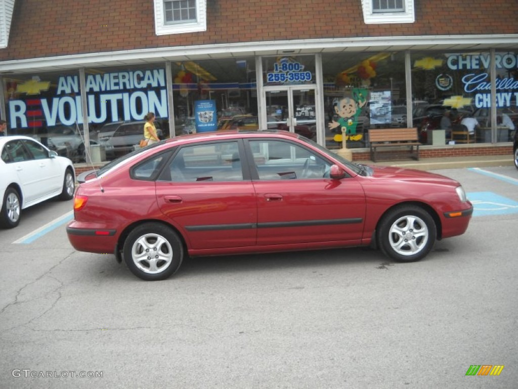 2002 Elantra GT Hatchback   Chianti Red / Dark Gray Photo #2