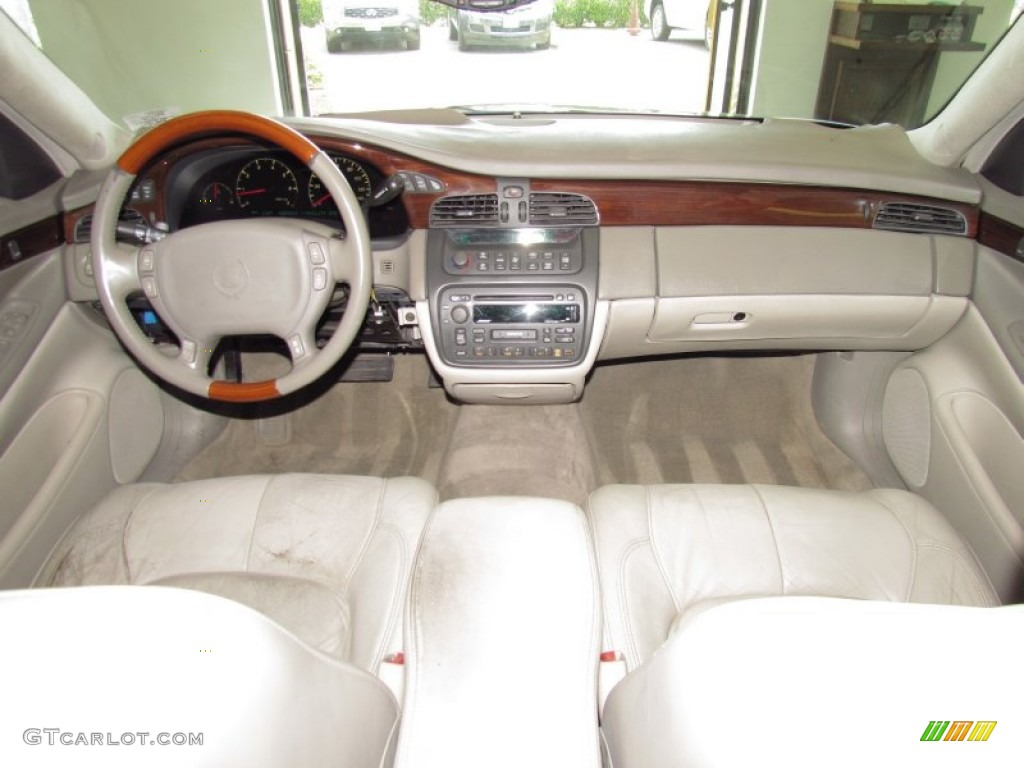 2000 Cadillac Deville Sedan Dashboard Photos