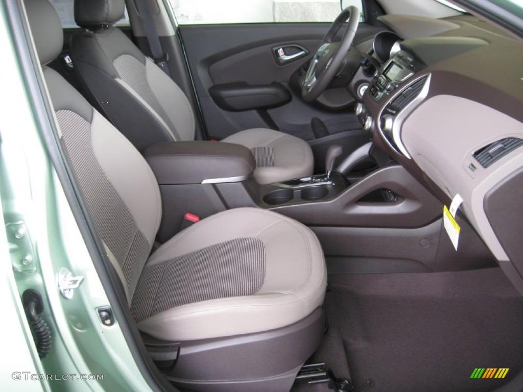 Hyundai Tucson 2012 Interior Images