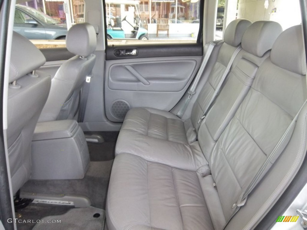 Grey Interior 2002 Volkswagen Passat Gls Wagon Photo 52587191