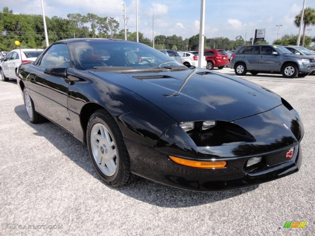 Black 1994 Chevrolet Camaro Z28 Coupe Exterior Photo