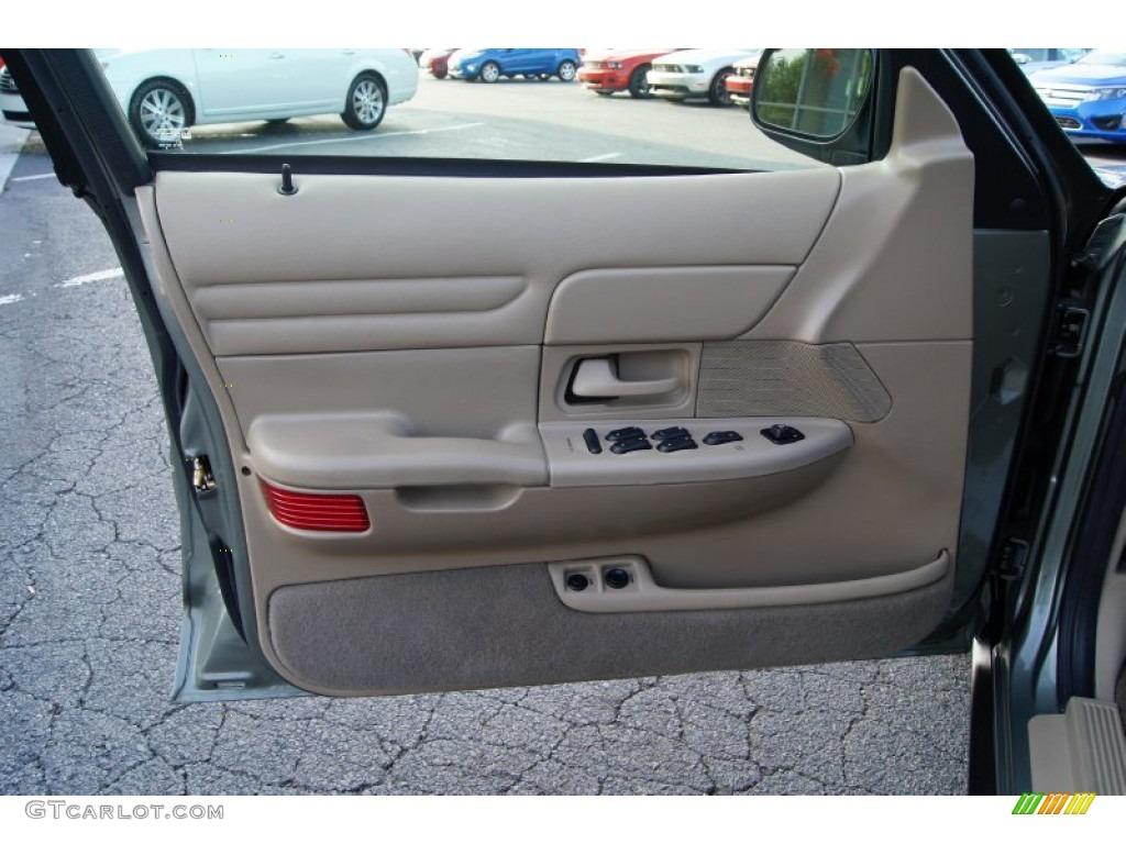 2002 Ford Crown Victoria Standard Model Medium Parchment Door Panel Photo 52626485
