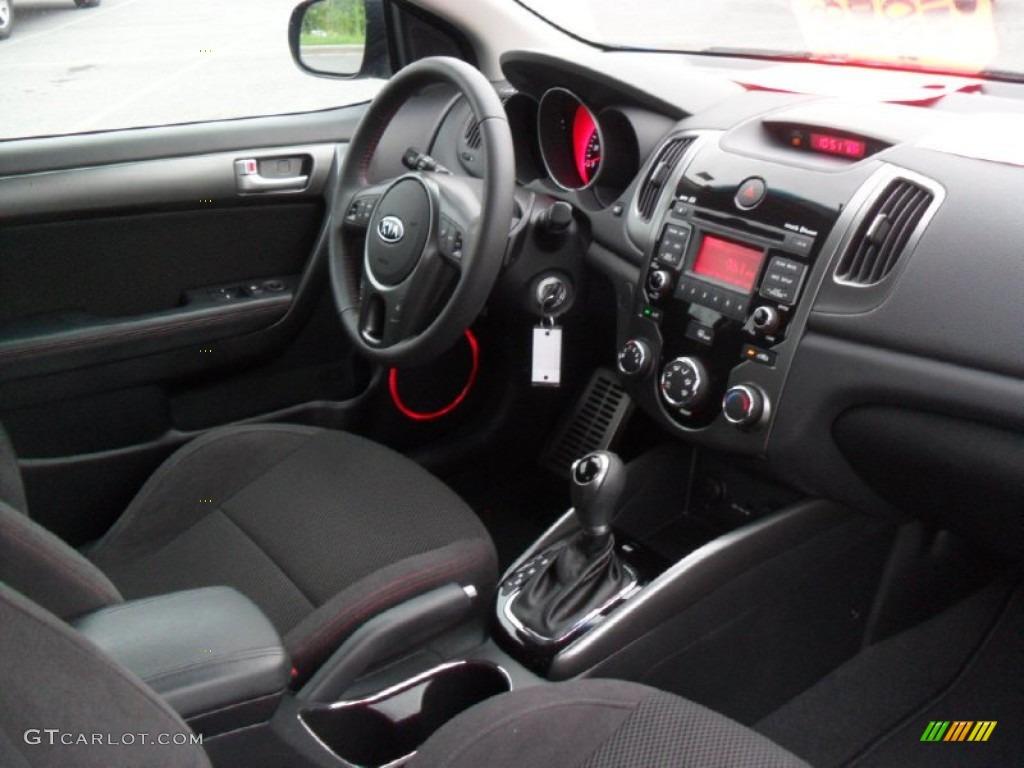 Black Sport Interior 2011 Kia Forte Koup Sx Photo