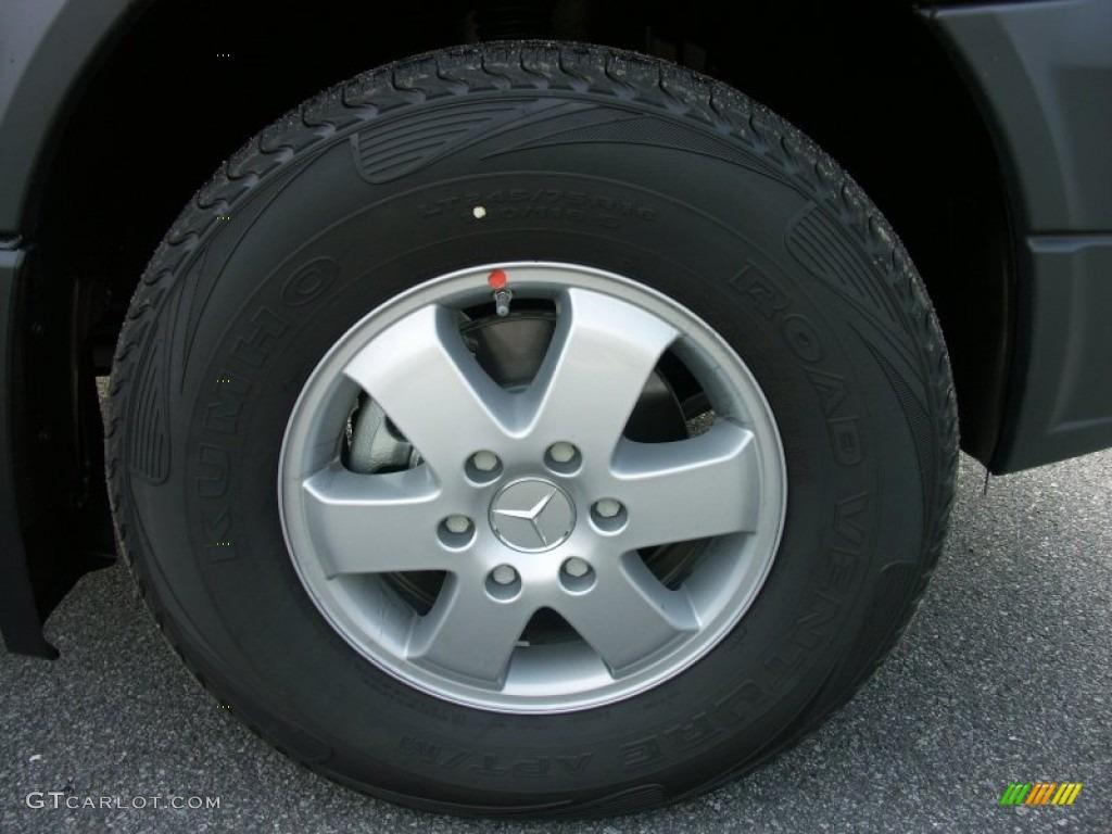 2011 mercedes benz sprinter 2500 high roof passenger van for Mercedes benz sprinter wheels