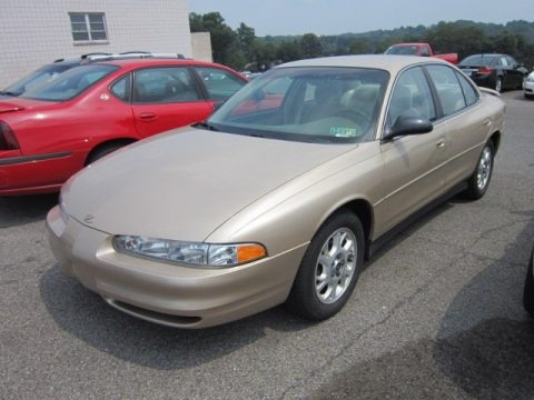 2002 Oldsmobile Intrigue GX Data, Info and Specs