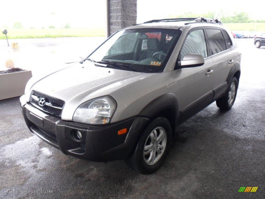 sahara silver 2006 hyundai tucson gls v6 4x4 exterior. Black Bedroom Furniture Sets. Home Design Ideas