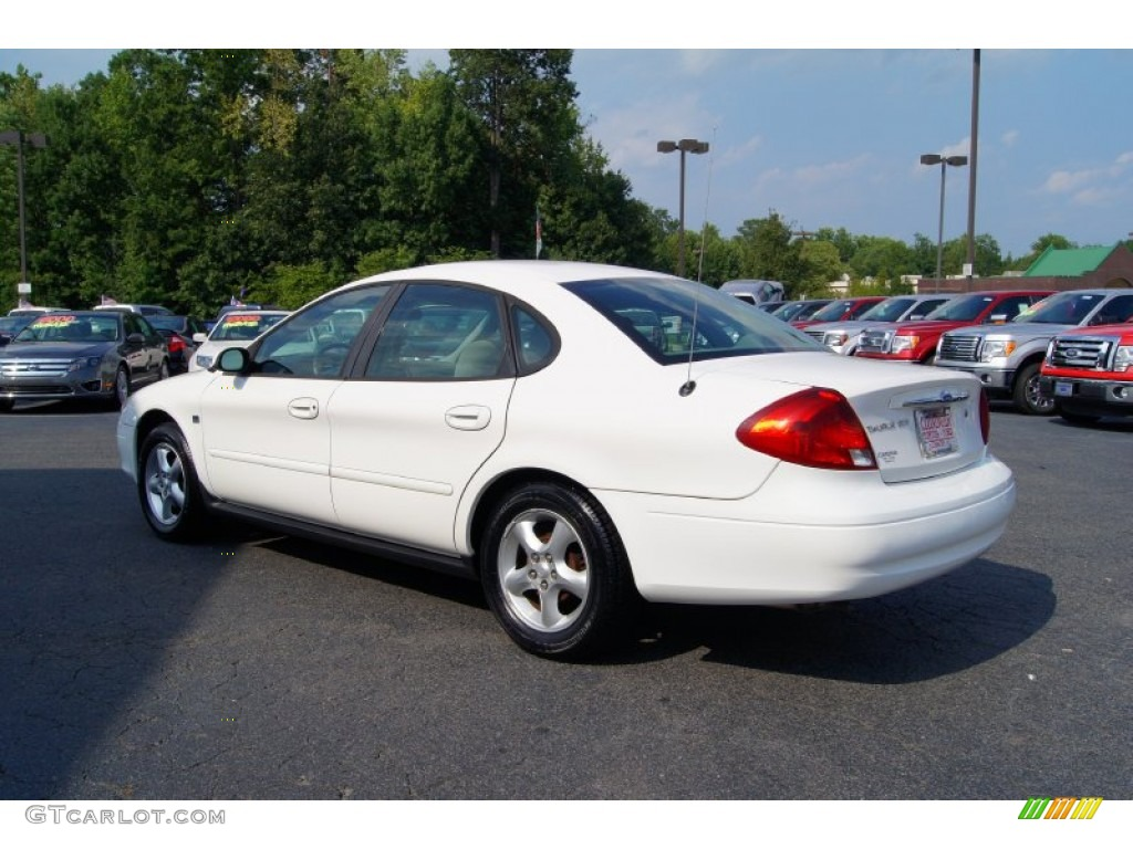 vibrant white 2000 ford taurus ses exterior photo. Black Bedroom Furniture Sets. Home Design Ideas