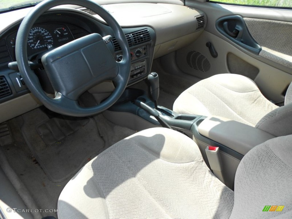 Interior 52720998 on 2000 chevy cavalier