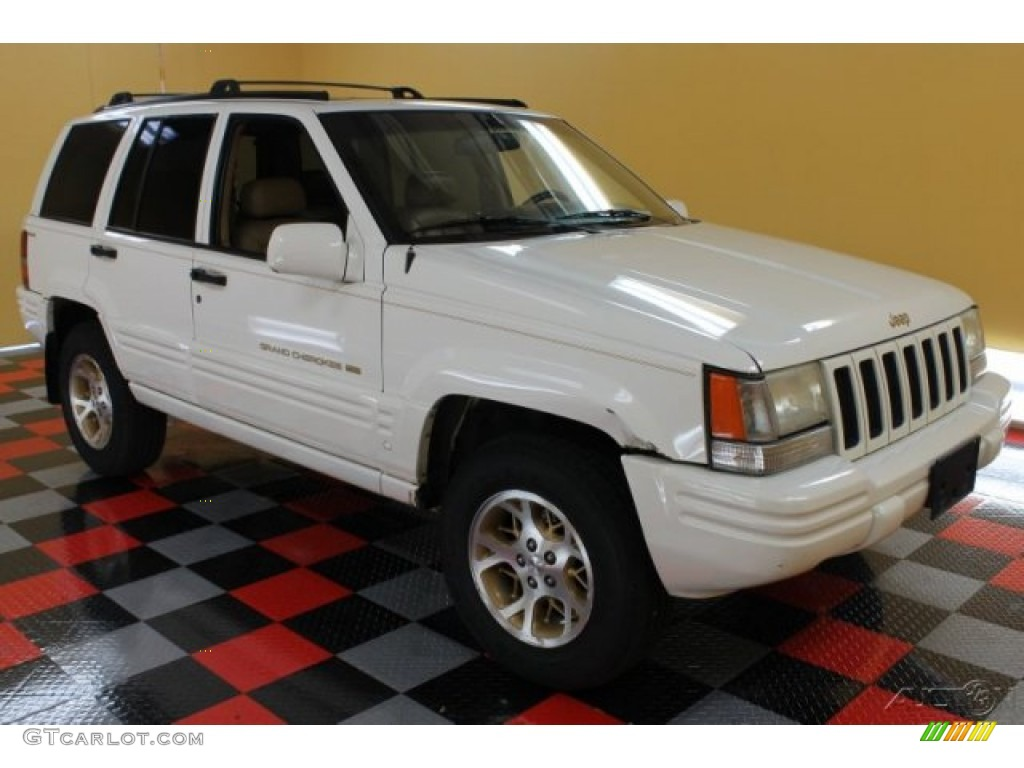 1996 Grand Cherokee Limited 4x4 - Stone White / Beige photo #1