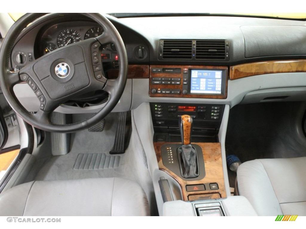 1998 bmw 5 series 540i sedan grey dashboard photo 52892193