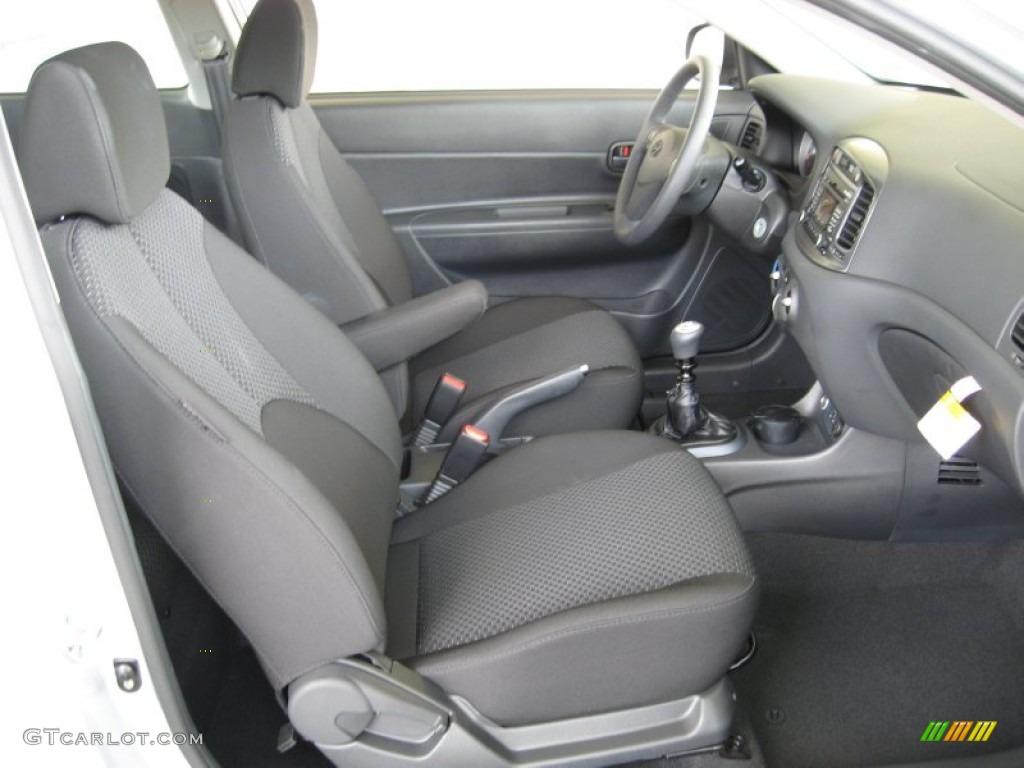 Black Interior 2011 Hyundai Accent Se 3 Door Photo 52924990 Gtcarlot Com