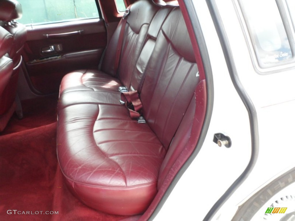 dark red interior 1995 lincoln town car executive photo 52925287. Black Bedroom Furniture Sets. Home Design Ideas