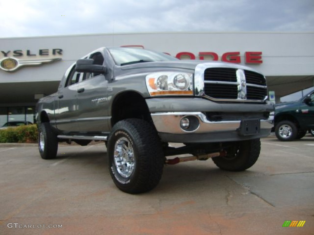 2006 Ram 1500 SLT Mega Cab 4x4 - Mineral Gray Metallic / Medium Slate Gray photo #1