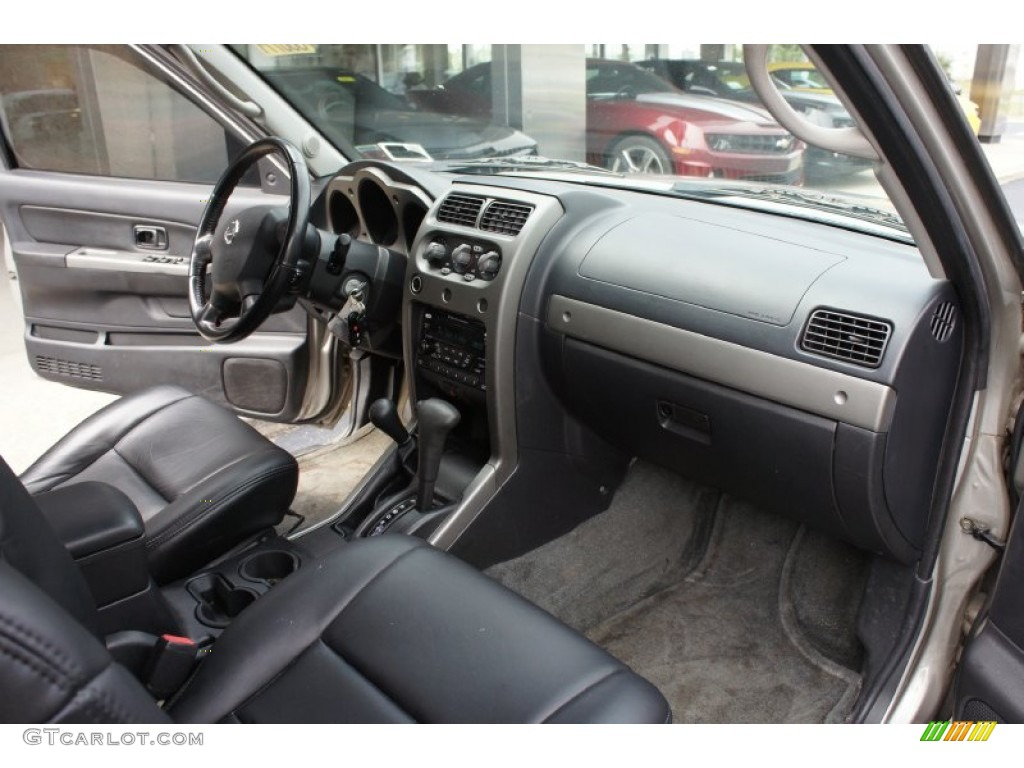 Black Interior 2003 Nissan Frontier Sc V6 Crew Cab 4x4 Photo 52942062