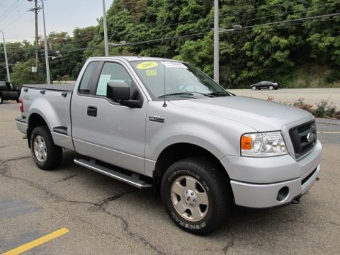 2007 ford f150 stx regular cab 4x4 data info and specs. Black Bedroom Furniture Sets. Home Design Ideas