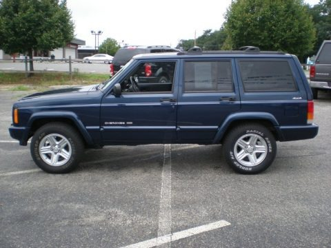 2000 jeep cherokee limited 4x4 data info and specs. Black Bedroom Furniture Sets. Home Design Ideas