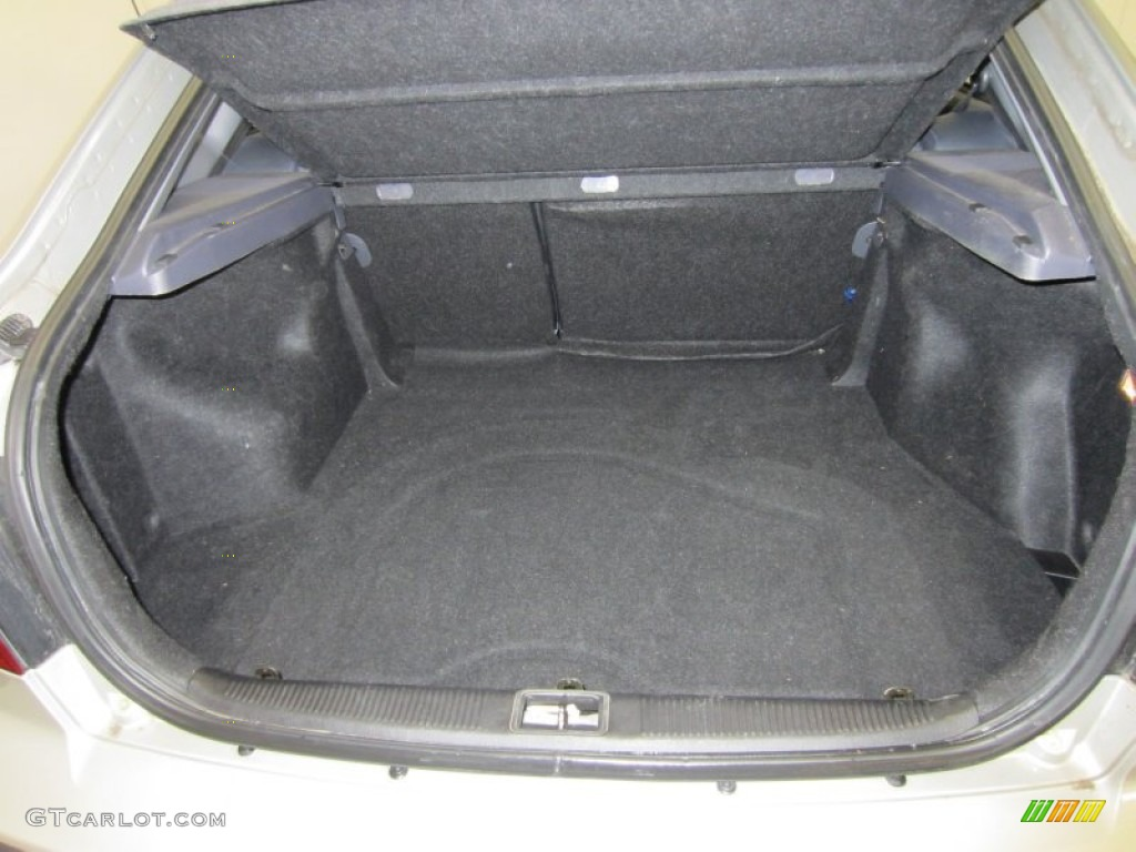 2003 Hyundai Elantra Gt Hatchback Trunk Photo 53018987