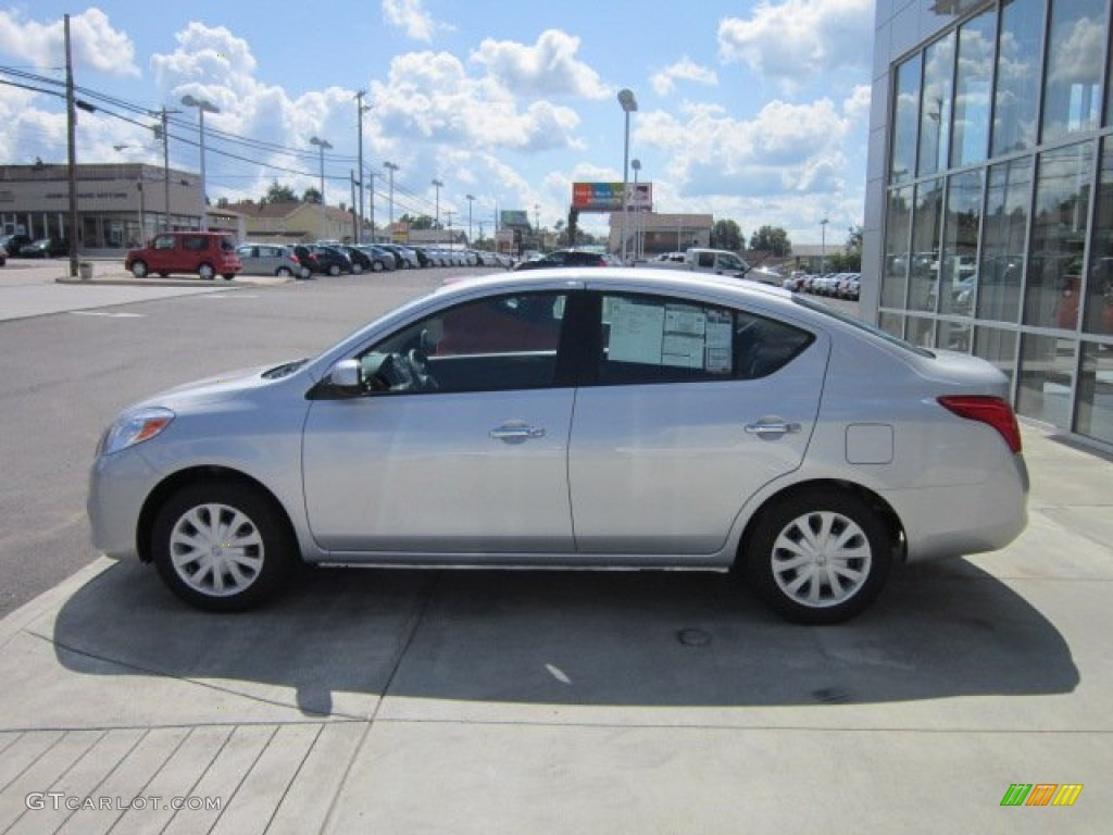 brilliant silver metallic 2012 nissan versa 1 6 sv sedan. Black Bedroom Furniture Sets. Home Design Ideas