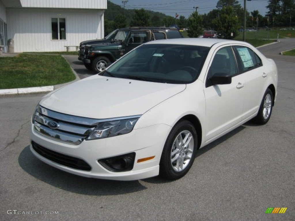 Ford Fusion White Suede Color