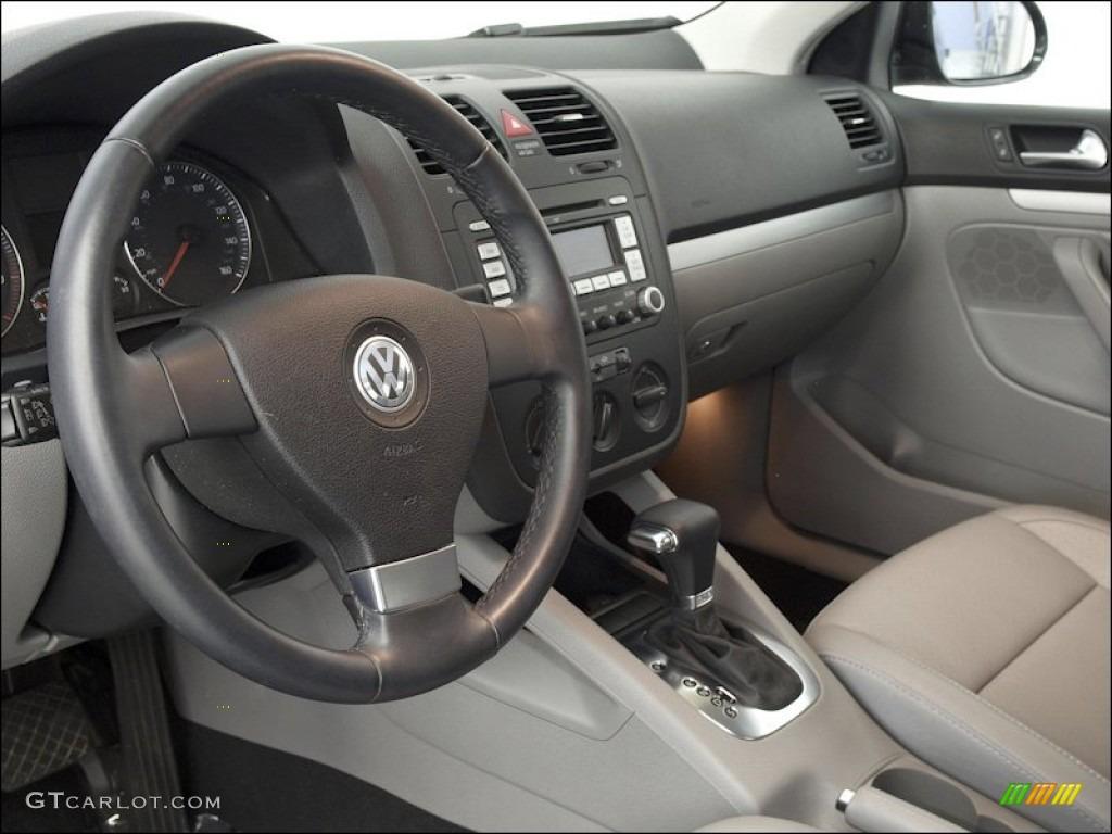 Art Grey Interior 2009 Volkswagen Jetta Wolfsburg Edition Sedan Photo 53141263