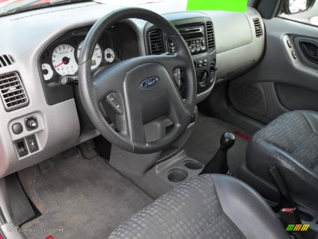 Medium Graphite Interior 2002 Ford Escape Xls 4wd Photo 53157962