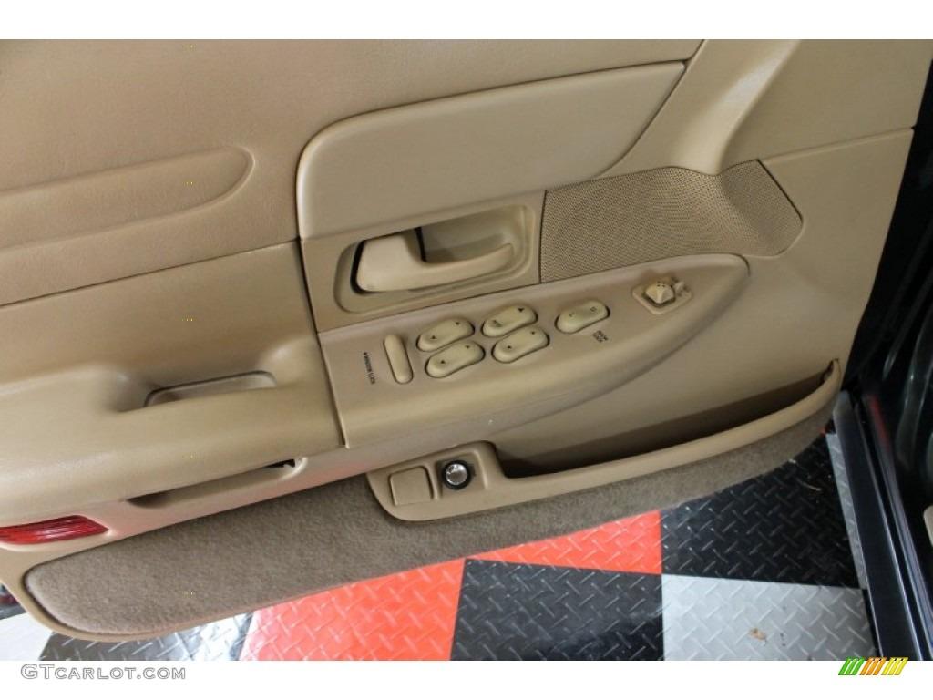 1998 Ford Crown Victoria Sedan Medium Parchment Door Panel Photo 53173948