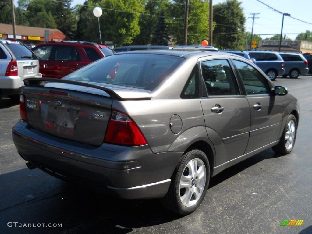 liquid grey metallic 2005 ford focus zx4 st sedan exterior. Black Bedroom Furniture Sets. Home Design Ideas