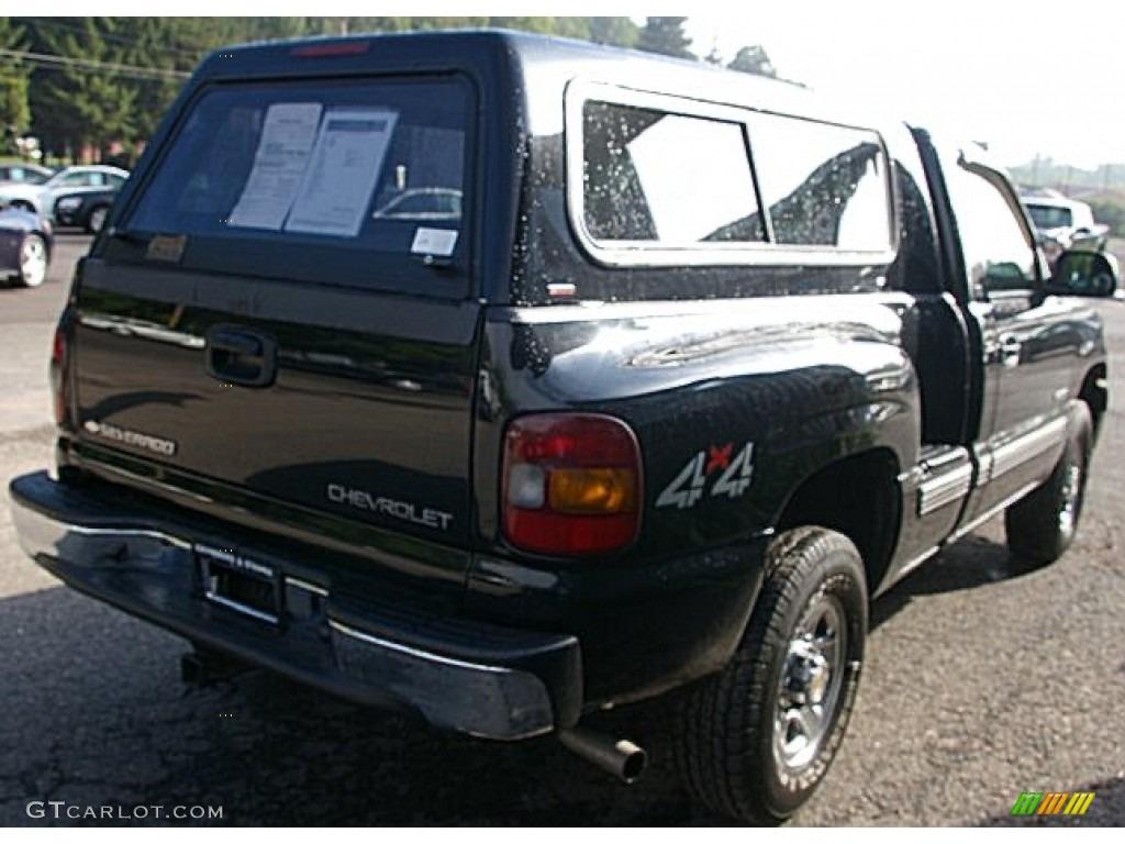 2002 Silverado 1500 LS Regular Cab 4x4 - Onyx Black / Graphite Gray photo #8