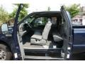 Medium Flint 2005 Ford F350 Super Duty Interiors