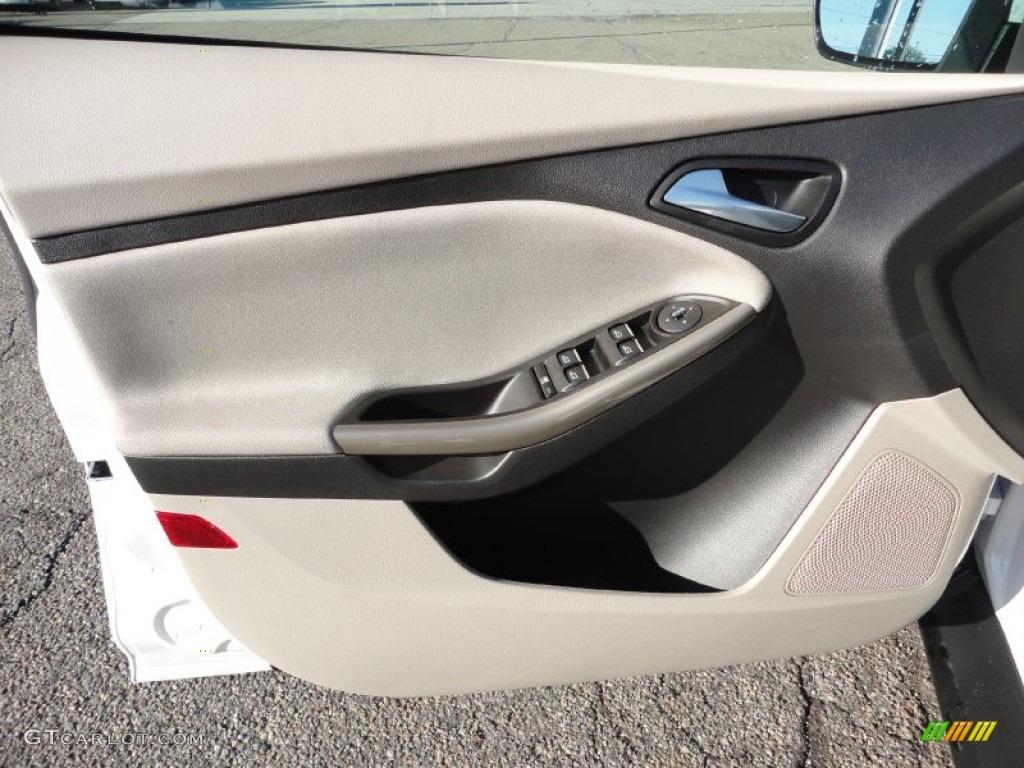 2012 Focus SEL 5-Door - White Platinum Tricoat Metallic / Stone photo #13