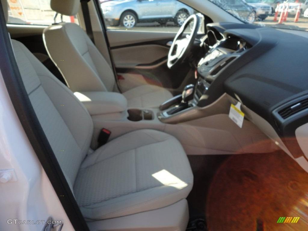 2012 Focus SEL 5-Door - White Platinum Tricoat Metallic / Stone photo #17