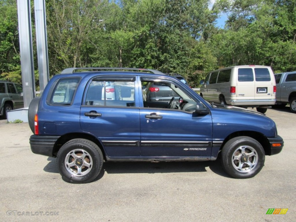 Dark Blue Metallic 2000 Chevrolet Tracker 4WD Hard Top Exterior