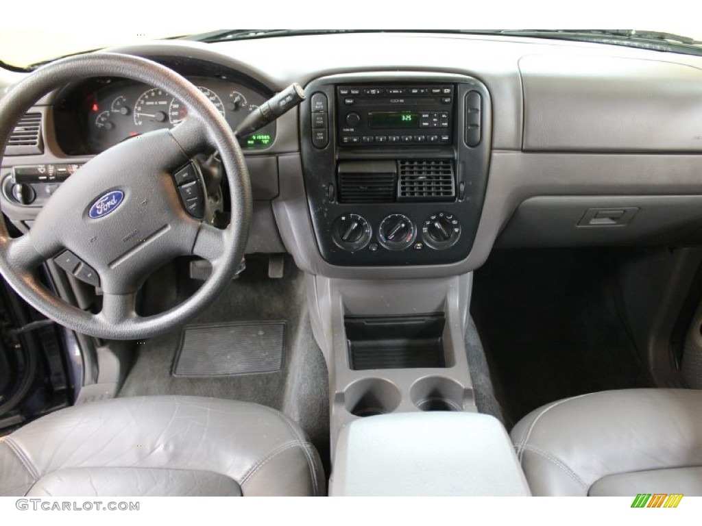2002 Ford Explorer Xlt 4x4 Graphite Dashboard Photo