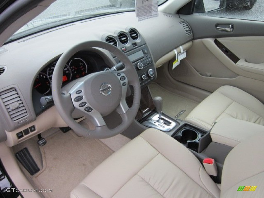 Blonde Interior 2012 Nissan Altima 2 5 S Photo 53377955 Gtcarlot Com
