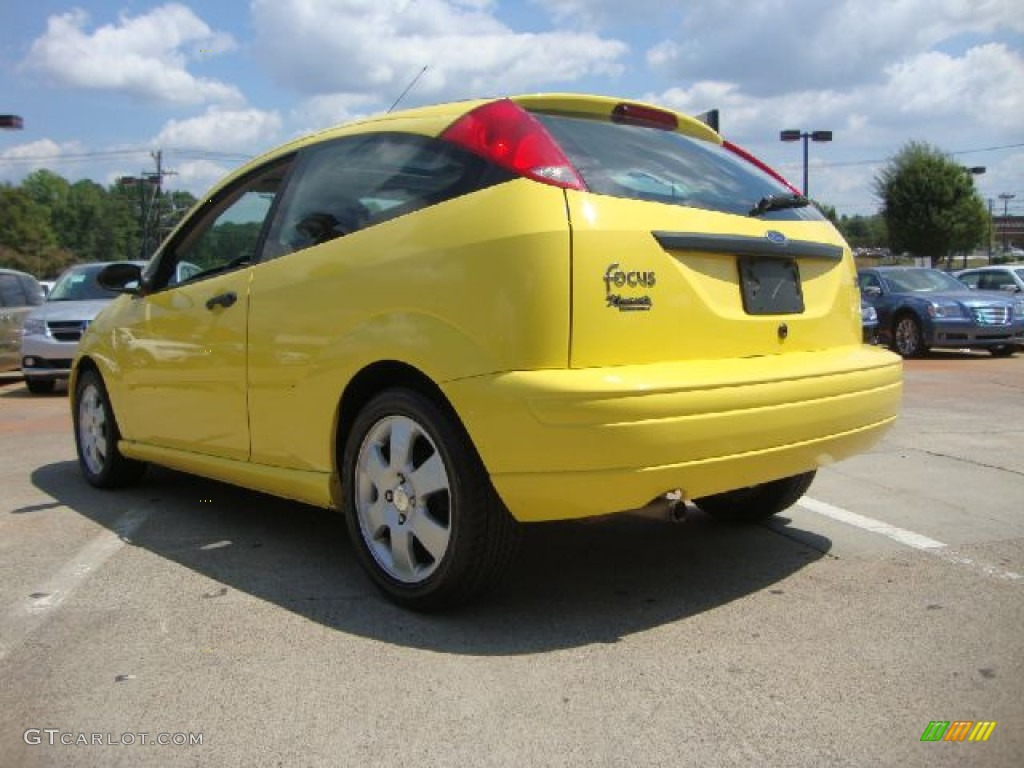 Egg Yolk Yellow 2002 Ford Focus Zx3 Coupe Exterior Photo