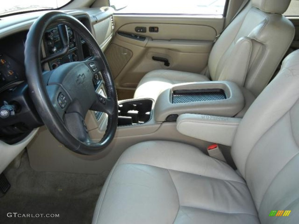 Tan/Neutral Interior 2004 Chevrolet Suburban 1500 LT Photo #53394842 ...