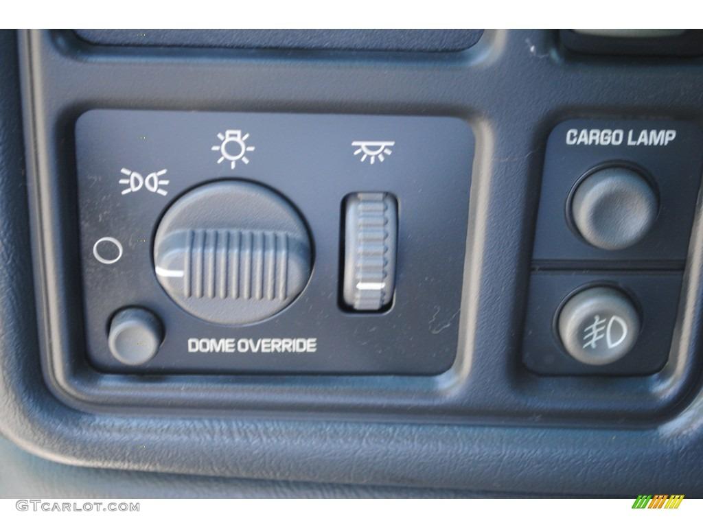 2002 Chevrolet Silverado 1500 LS Extended Cab 4x4 Controls Photo #53401607