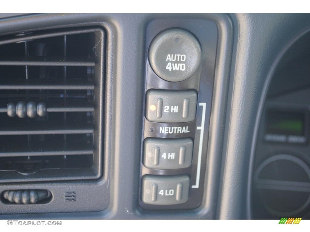 2002 Chevrolet Silverado 1500 LS Extended Cab 4x4 Controls Photo #53401619