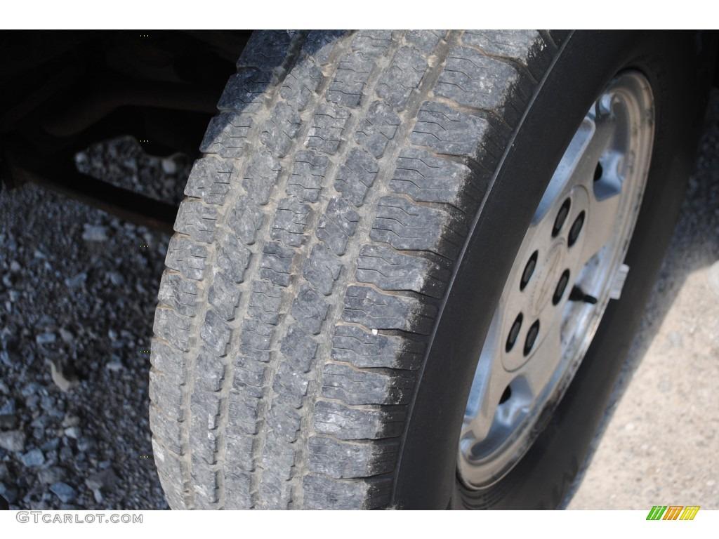 2002 Silverado 1500 LS Extended Cab 4x4 - Medium Charcoal Gray Metallic / Graphite Gray photo #41