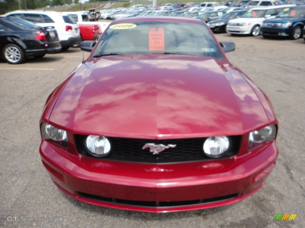 2006 Mustang GT Deluxe Coupe - Redfire Metallic / Dark Charcoal photo #7