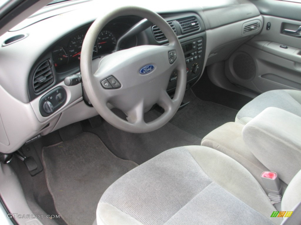 Medium graphite interior 2000 ford taurus ses photo for Interior designs 2000