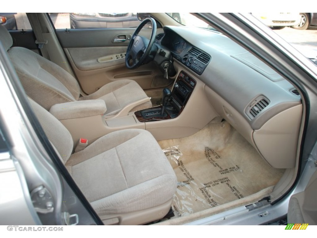 Ivory Interior 1997 Honda Accord Se Sedan Photo 53512204