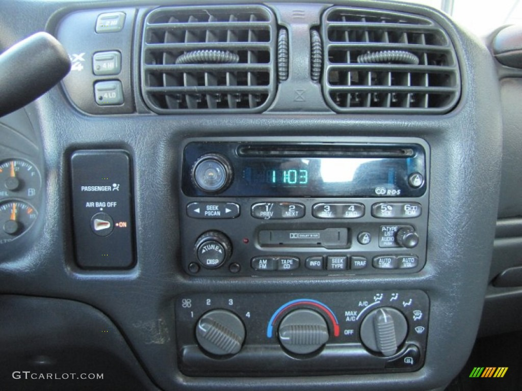 2003 Chevrolet S10 Ls Extended Cab 4x4 Audio System Photo 53596381