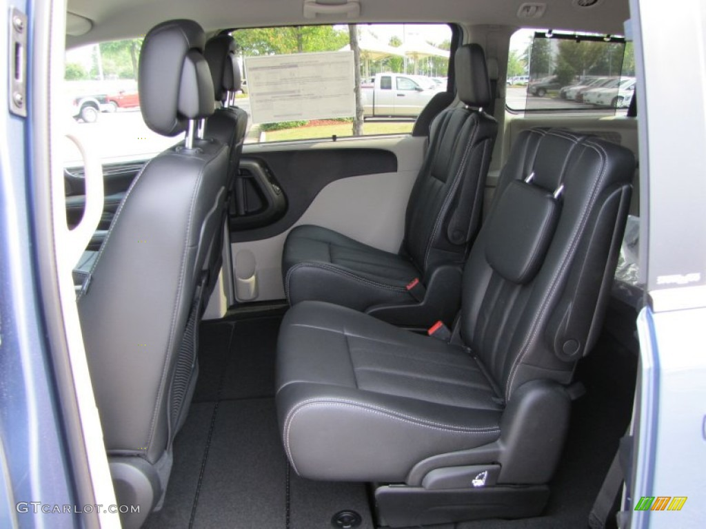 2012 Chrysler Town Country Touring L Interior Photo 53605746