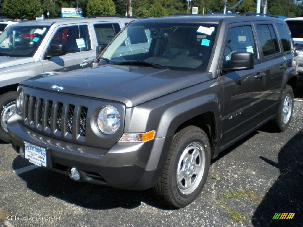 mineral gray metallic 2011 jeep patriot sport exterior. Black Bedroom Furniture Sets. Home Design Ideas