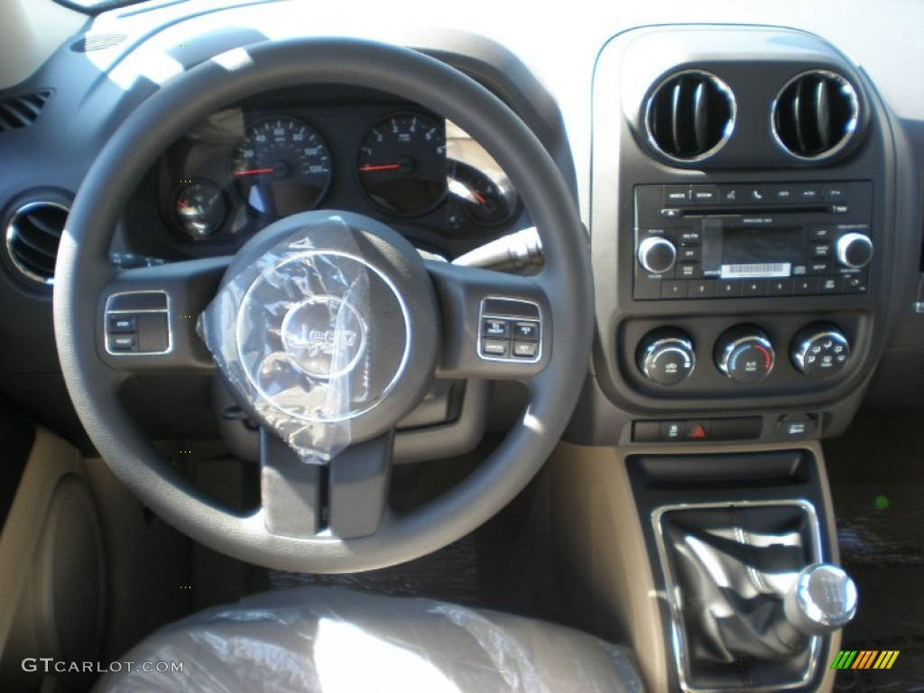 2011 jeep patriot sport 5 speed manual transmission photo. Black Bedroom Furniture Sets. Home Design Ideas