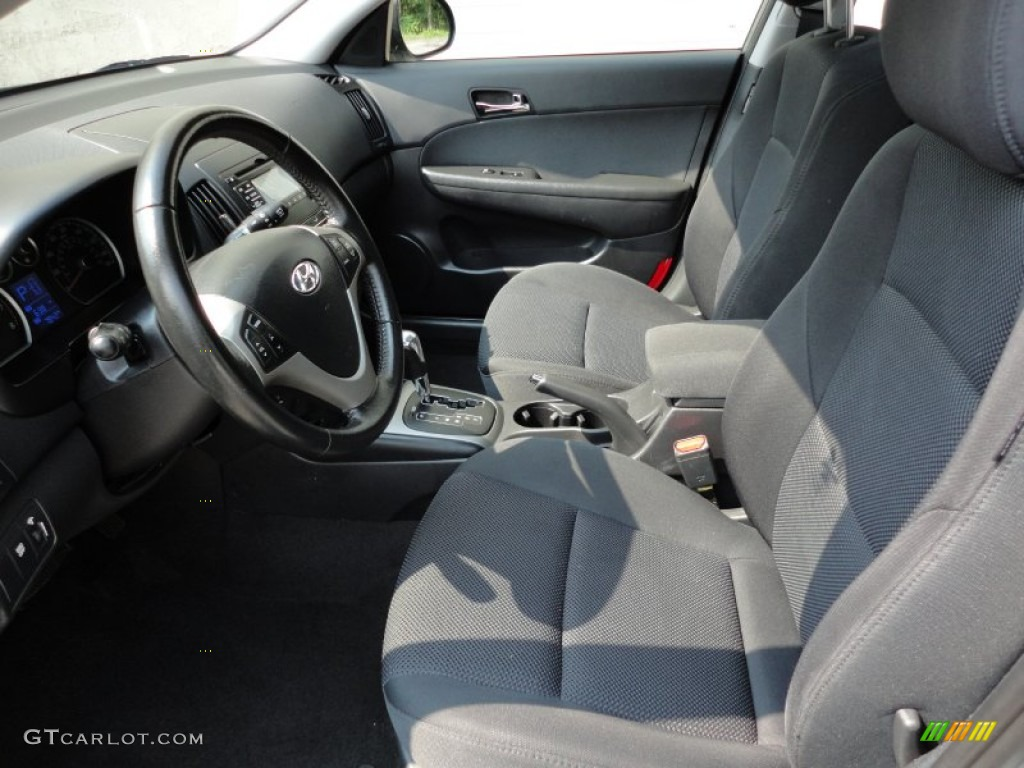 Black Interior 2010 Hyundai Elantra Touring Se Photo 53630436