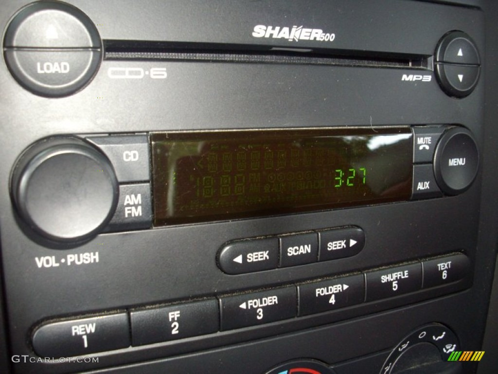 2006 Ford Mustang GT Premium Coupe Audio System Photo #53644207