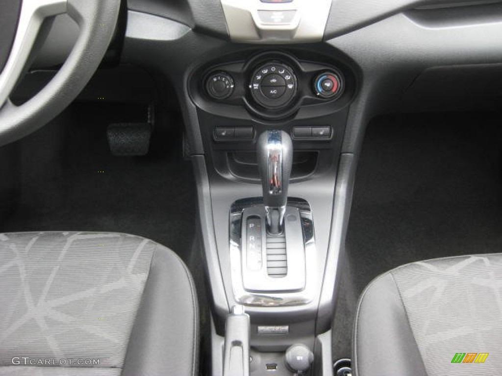 2012 Ingot Silver Metallic Ford Fiesta Se Hatchback 53647640 Photo 25 Car