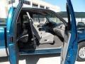 Medium Graphite Interior Photo for 2000 Ford F250 Super Duty #53652331